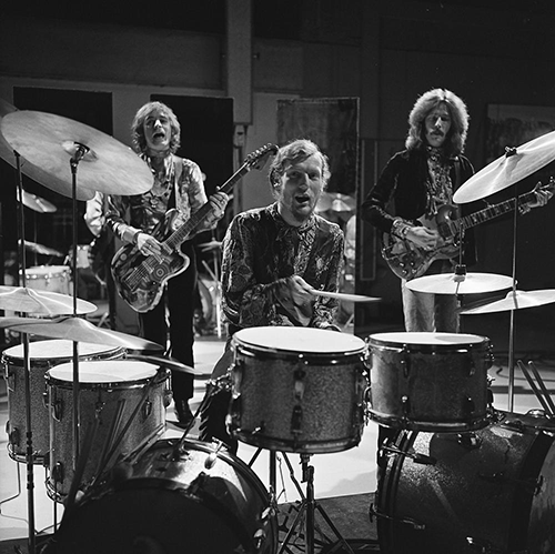 cream_on_fanclub_1968_28229